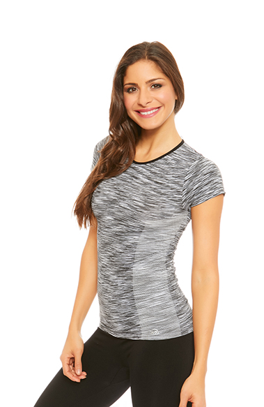Women in marled black sports t-shirt with short sleeve